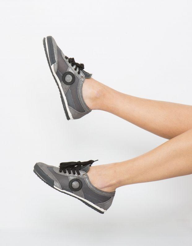 נעלי נשים - Aro - סניקרס JOANETA - אפור מבריק