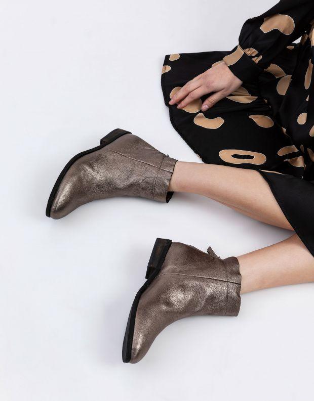 נעלי נשים - Yuko Imanishi - מגפון AOBA - פיוטר
