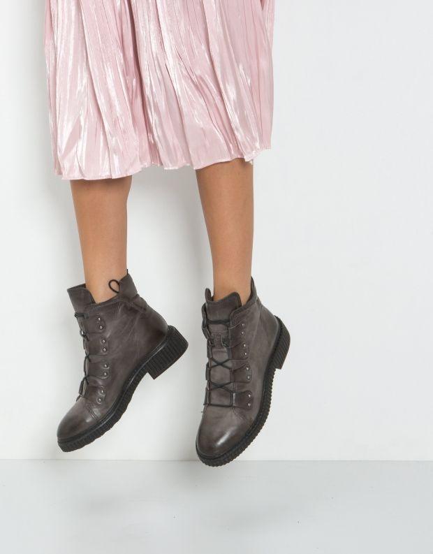 נעלי נשים - Mjus - מגפון CREEP לולאות ניטים - אפור