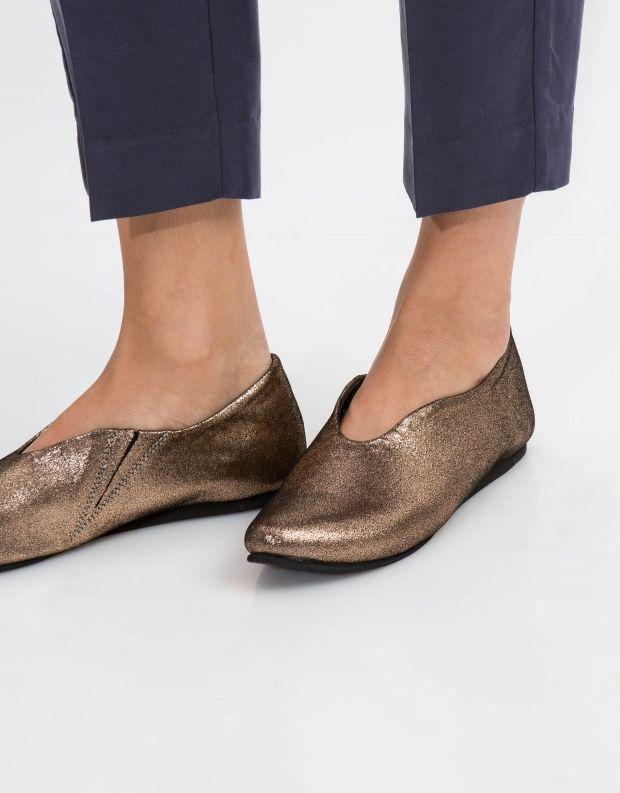 נעלי נשים - Yuko Imanishi - נעל ASUZA מבריקה - זהב
