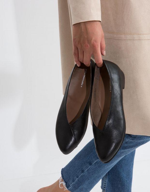 נעלי נשים - Yuko Imanishi - סירה KEITA - שחור