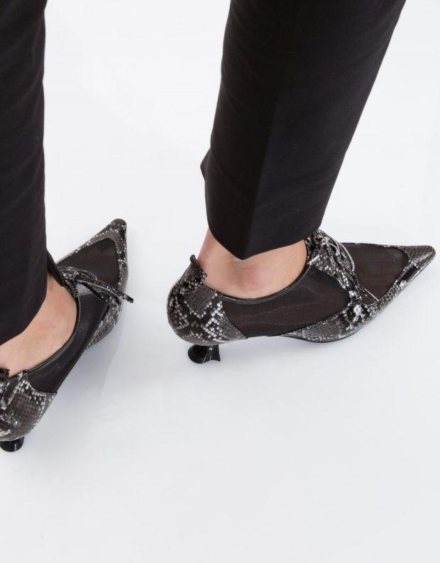 נעלי נשים - Jeffrey Campbell - נעל ELIO - שחור לבן נחש