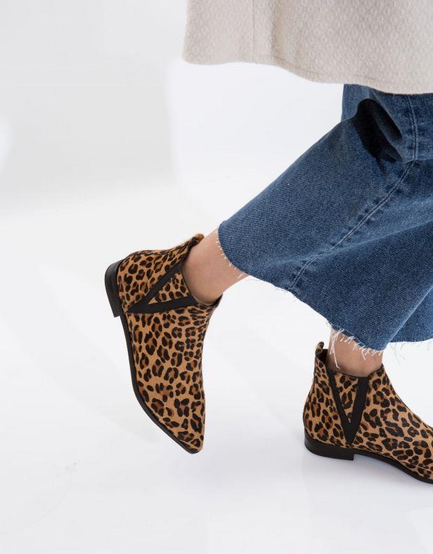 נעלי נשים - Jeffrey Campbell - מגפון HARVELL - בז' מנומר