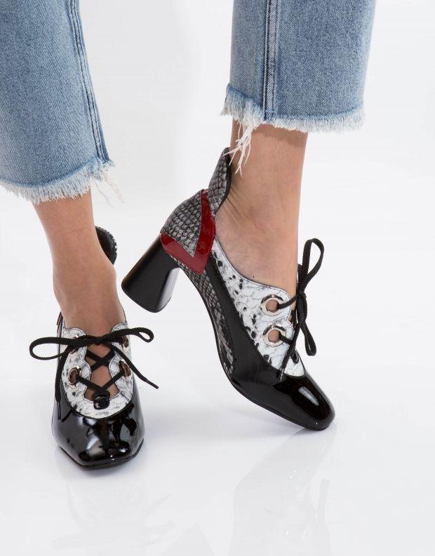 נעלי נשים - Jeffrey Campbell - נעל ELTON - שחור לבן נחש