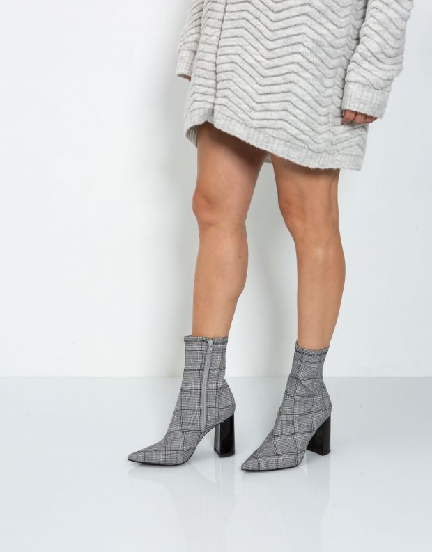 נעלי נשים - Jeffrey Campbell - מגפון SIREN - שחור לבן