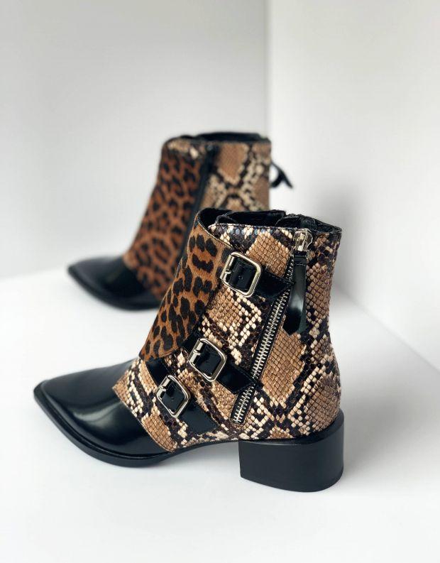 נעלי נשים - Jeffrey Campbell - מגפון DUCKI - נחש