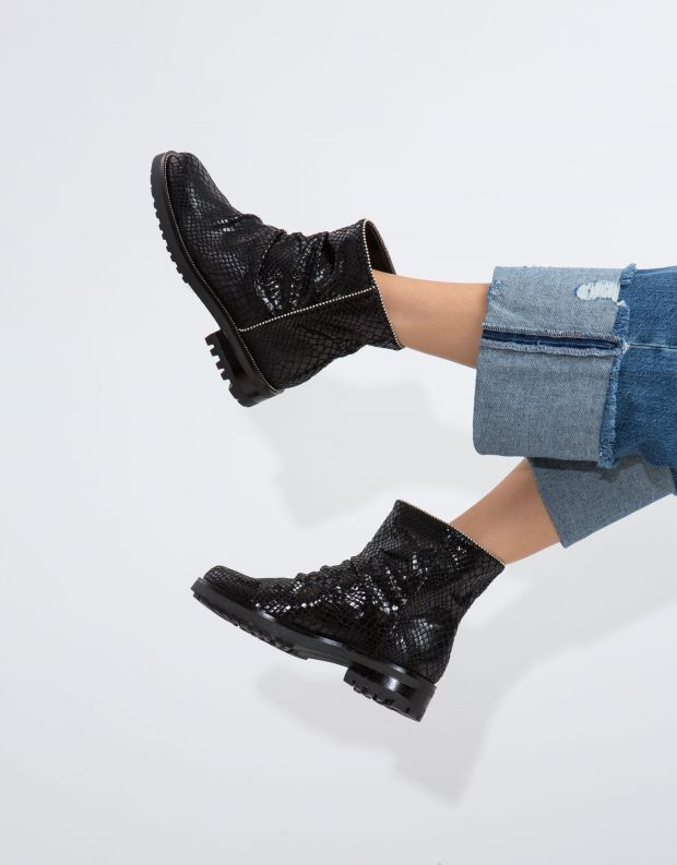 נעלי נשים - NR Rapisardi - מגפון IRIDE - שחור נחש