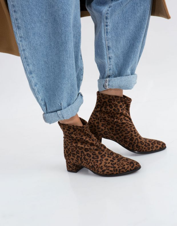 נעלי נשים - NR Rapisardi - מגפון POLIS - נמר