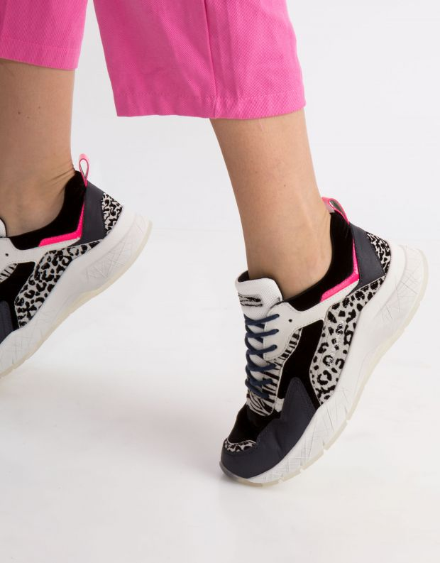 נעלי נשים - Crime London - סניקרס KOMRAD ANIMAL - זברה