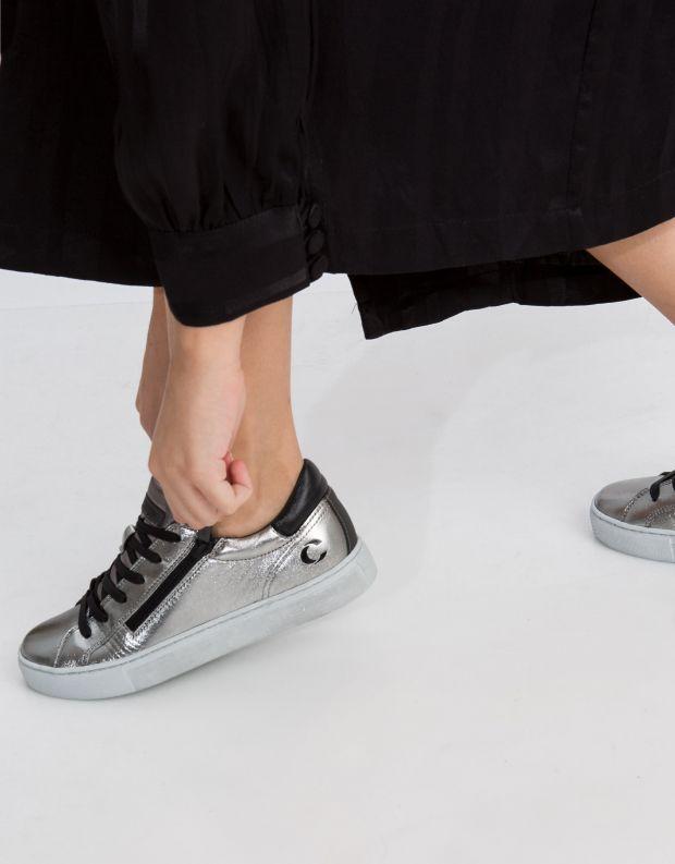 נעלי נשים - Crime London - סניקרס JAVA LO - כסף
