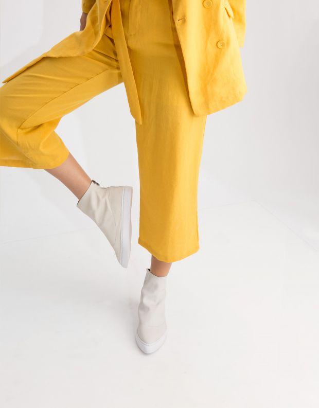 נעלי נשים - Yuko Imanishi - מגפון HINATA - לבן
