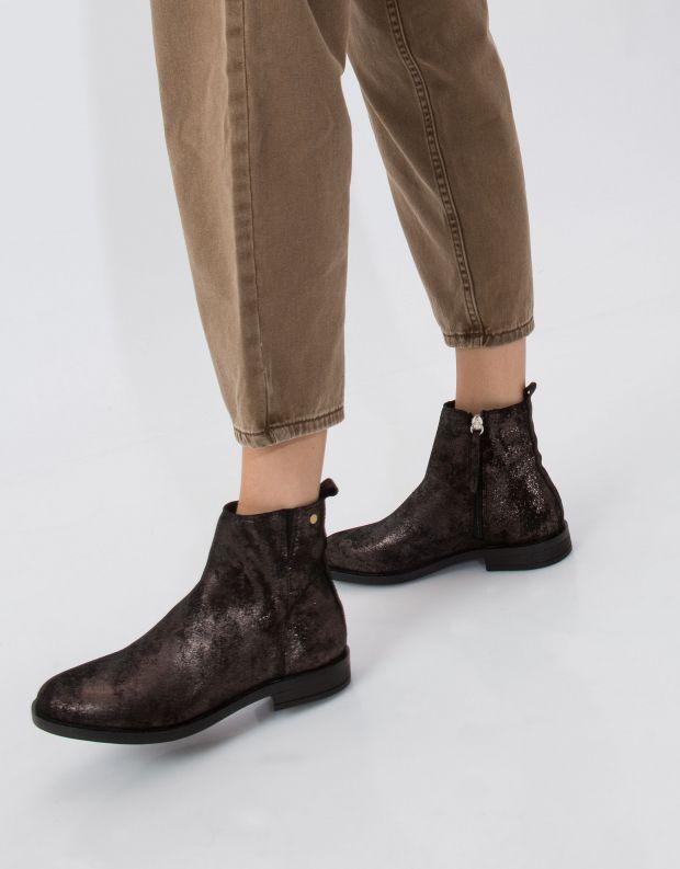 נעלי נשים - Sneaky Steve - מגפון TOXIC - שחור מטאלי