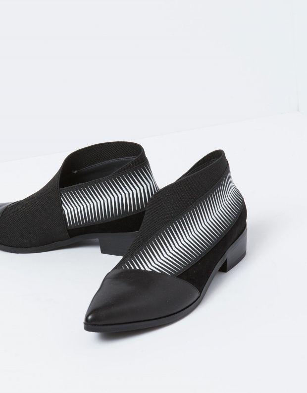 נעלי נשים - United Nude - מגפון POP BOOTIE LO - שחור לבן