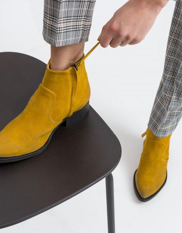 נעלי נשים - Sneaky Steve - מגפון ELECTRIC SUEDE - חרדל