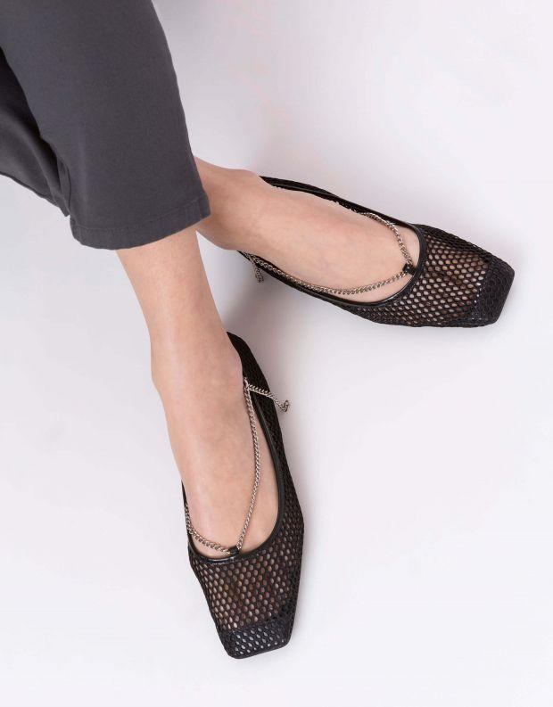 נעלי נשים - Jeffrey Campbell - סירה GERLDINE שרשרת - שחור   כסף