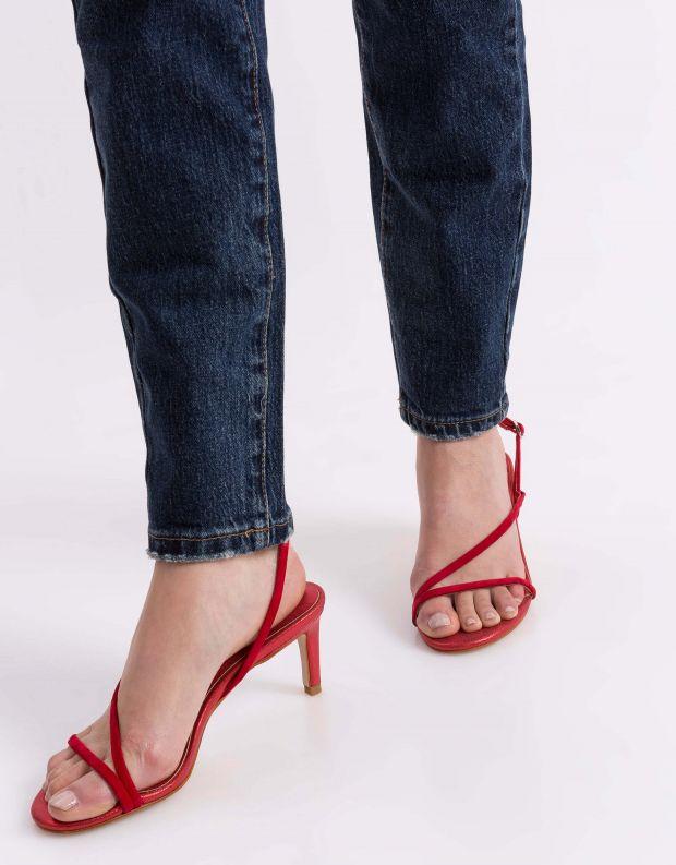 נעלי נשים - Jeffrey Campbell - סנדל MORPH זמש - אדום