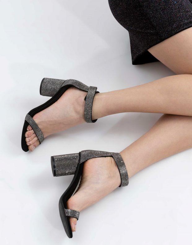 נעלי נשים - Jeffrey Campbell - סנדל LAURA - שחור