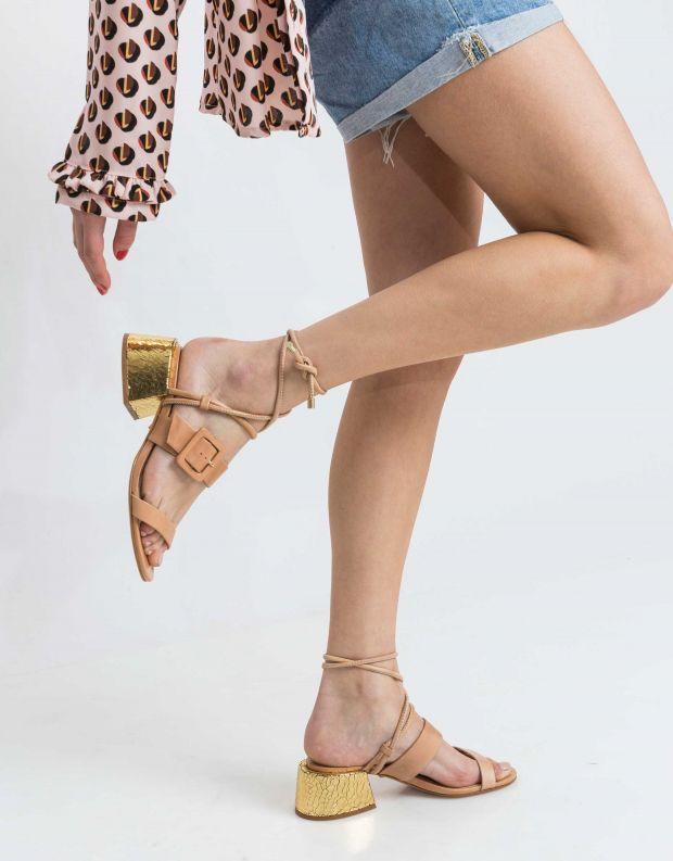 נעלי נשים - Schutz - סנדל MARIA - בז'