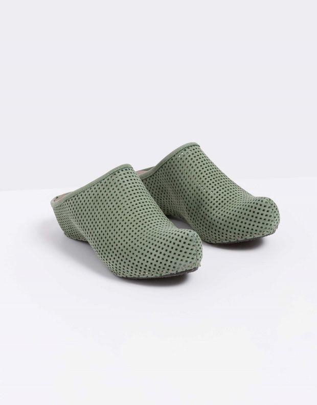 נעלי נשים - Vialis - כפכפים מחוררים LOLA - זית