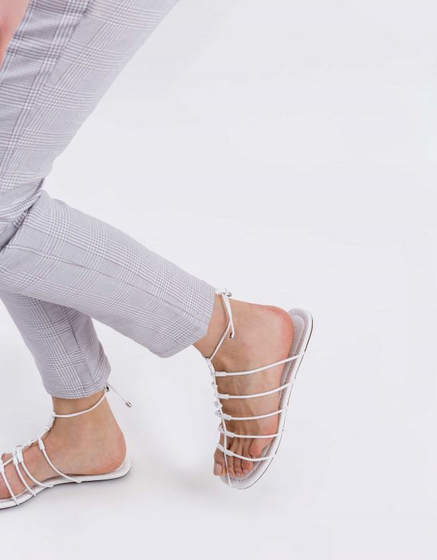 נעלי נשים - Schutz - סנדל TITA - לבן