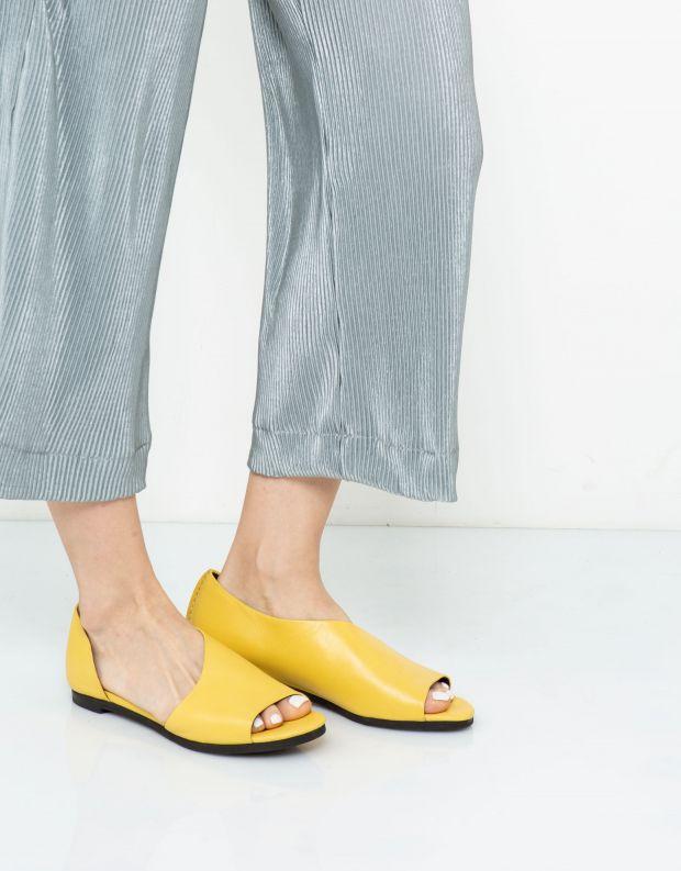 נעלי נשים - Yuko Imanishi - נעל פתוחה RIKU - צהוב