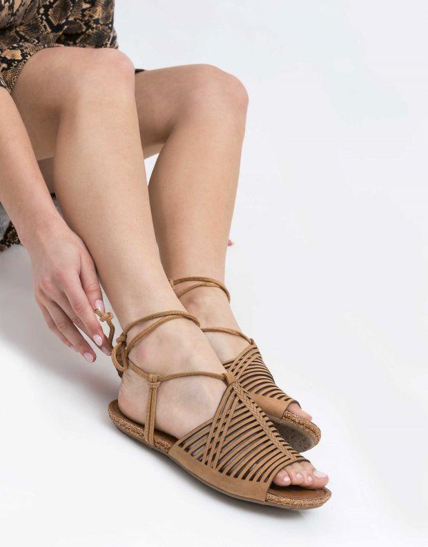 נעלי נשים - Klub Nico - סנדל GLORY - חום