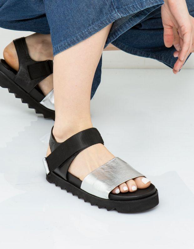 נעלי נשים - Yuko Imanishi - סנדל NAOMI - כסף