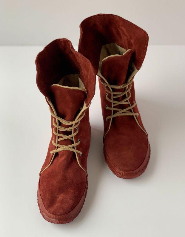 נעלי נשים - Aro - מגפי זמש WILLY - חמרה