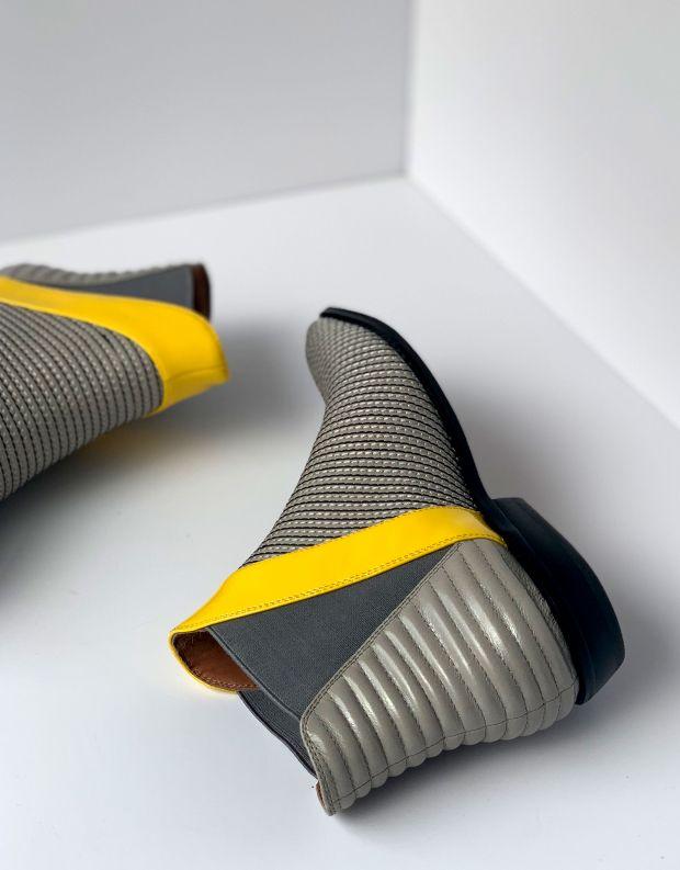 נעלי נשים - Jeffrey Campbell - מגפונים שטוחים JARROT - אפור   צהוב