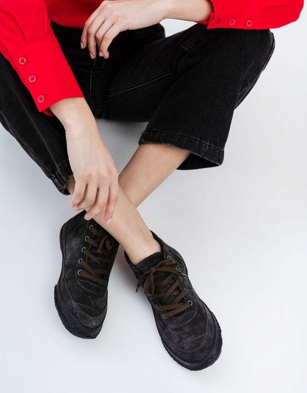 נעלי נשים - Aro - סניקרס זמש WILLY - אפור