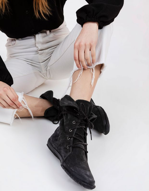 נעלי נשים - Aro - מגפי זמש WILLY - אפור