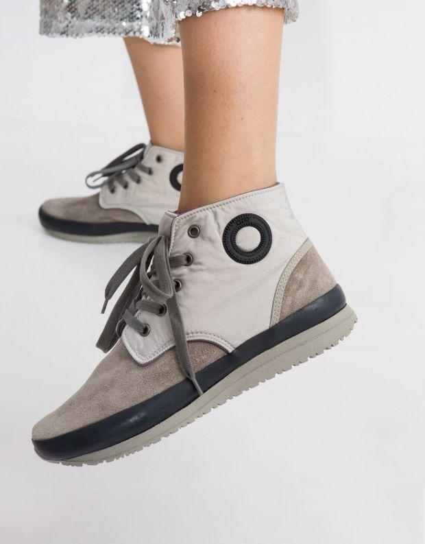 נעלי נשים - Aro - סניקרס גבוה JAQ - אפור בהיר