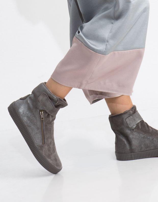 נעלי נשים - Aro - מגפון NOELLE רוכסן סקוטצ' - כסף