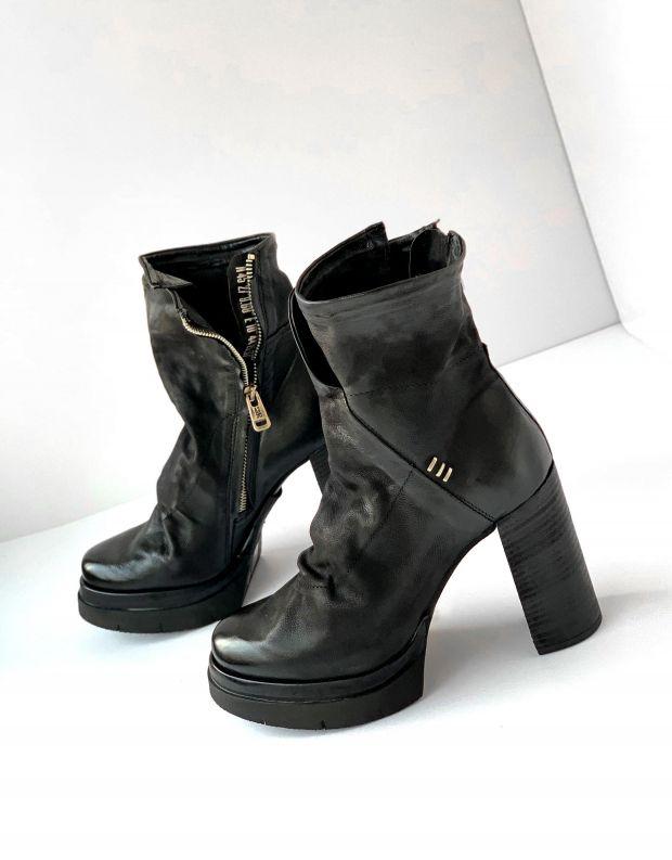 נעלי נשים - A.S. 98 - מגפוני עור עם עקב FENIS - שחור