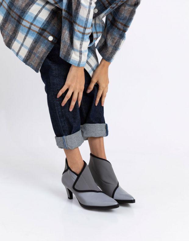 נעלי נשים - United Nude - מגפוני עקב FURROW MID - אפור
