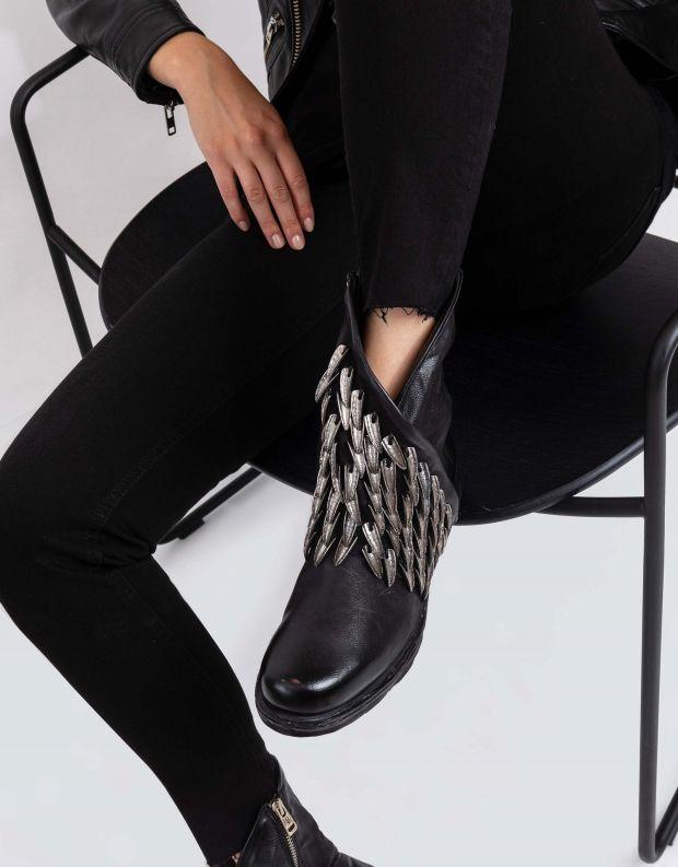נעלי נשים - A.S. 98 - מגפונים עם נוצות SAINTEC - שחור