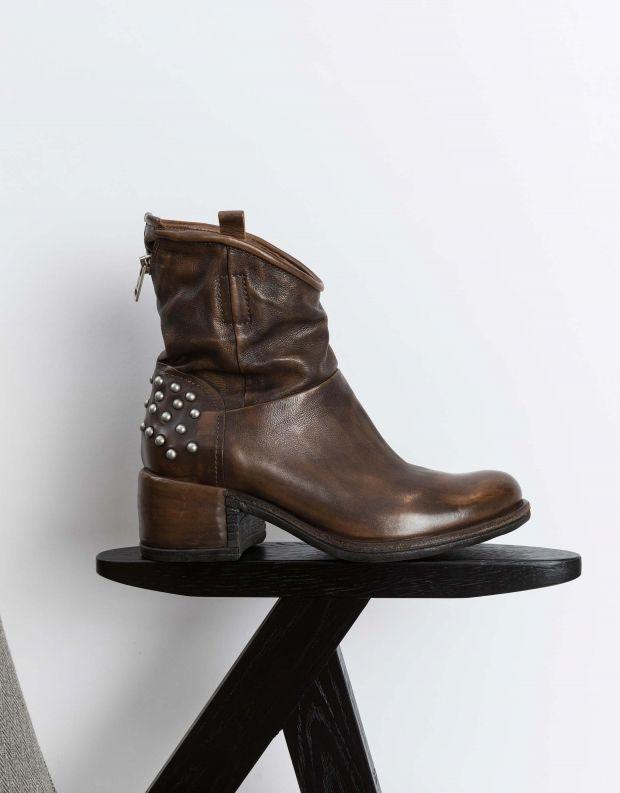 נעלי נשים - A.S. 98 - מגפונים עם ניטים OPEA - חום