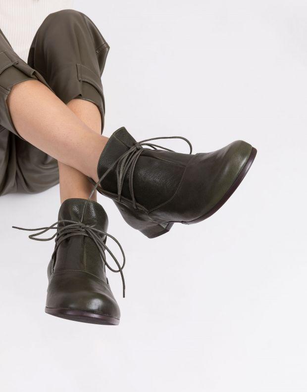 נעלי נשים - Vialis - מגפוני קשירה JAPON - ירוק