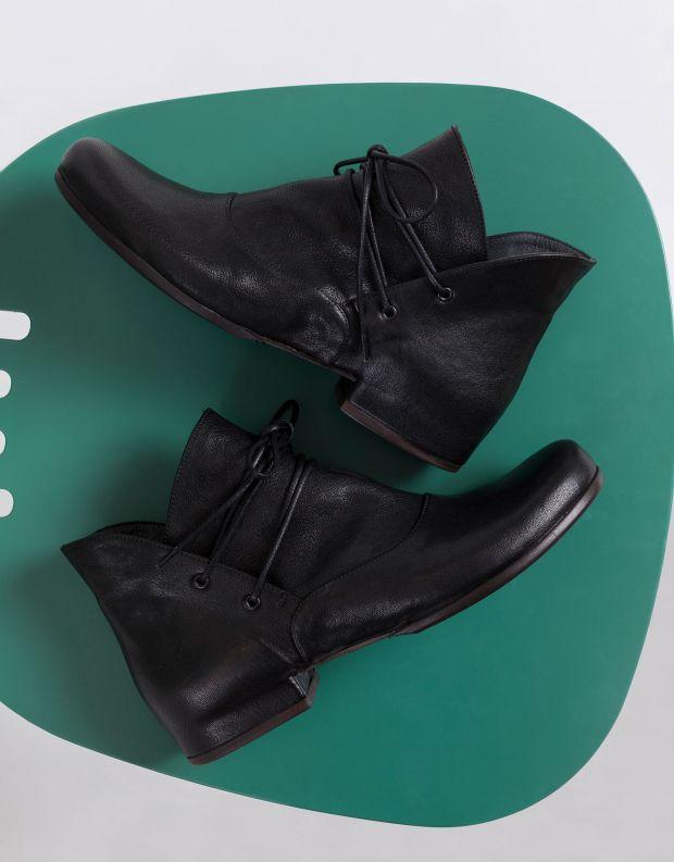 נעלי נשים - Vialis - מגפוני קשירה JAPON - שחור