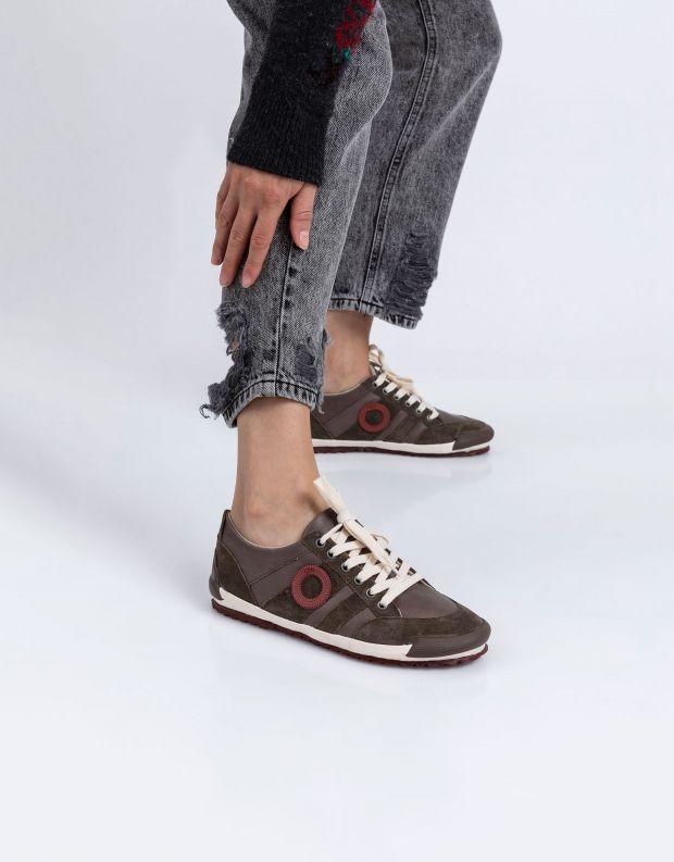 נעלי נשים - Aro - סניקרס IDO B - חום בהיר