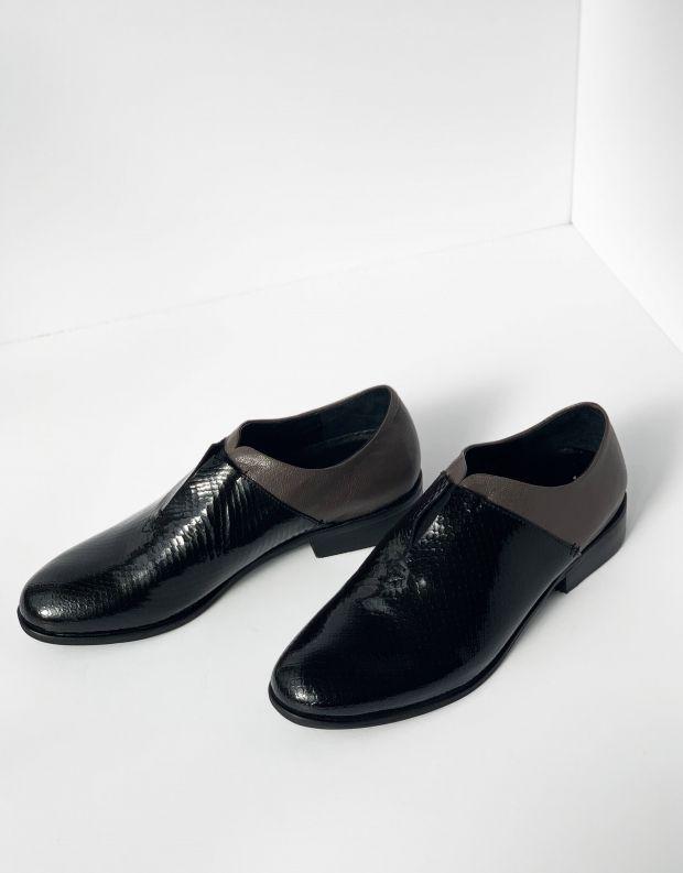 נעלי נשים - Yuko Imanishi - נעליים סגורות RIKO - שחור אפור