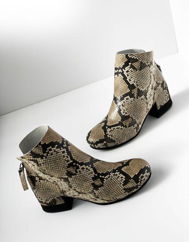 נעלי נשים - Yuko Imanishi - מגפוני עור SHIRO - נחש