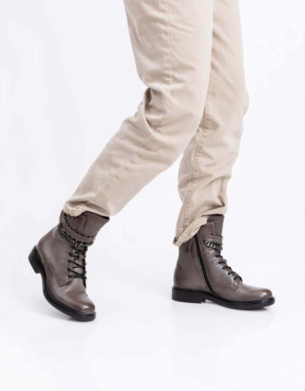 נעלי נשים - Mjus - מגפונים עם שרשרת CAFE - אפור