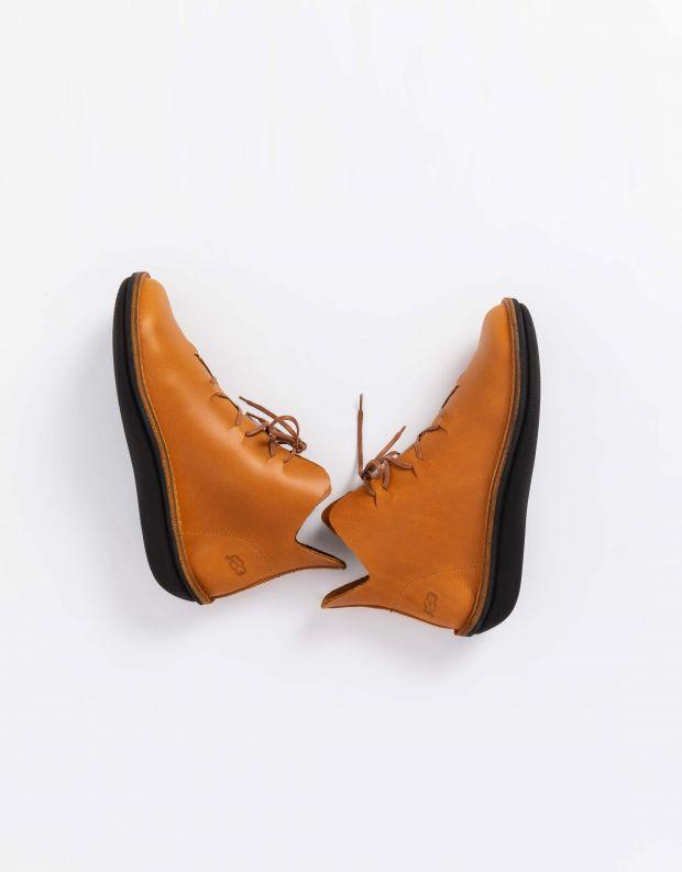 נעלי נשים - loints of Holland - מגפוני CARACTER עם שרוכים - קאמל