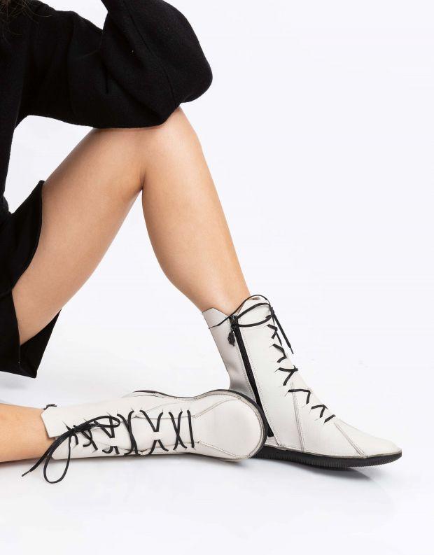 נעלי נשים - loints of Holland - מגפיים עם תיפורים NATURAL - אופוויט