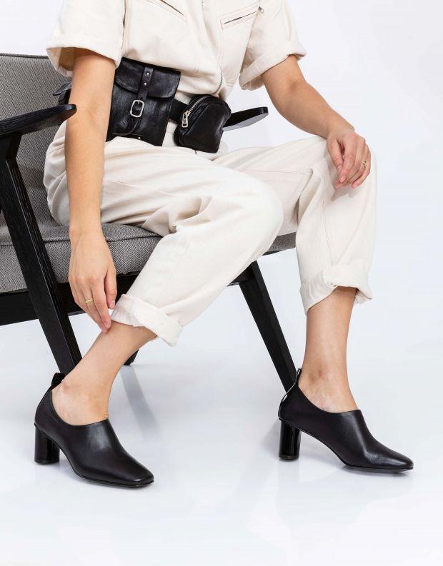 נעלי נשים - Jeffrey Campbell - נעלי עקב BASIC - שחור