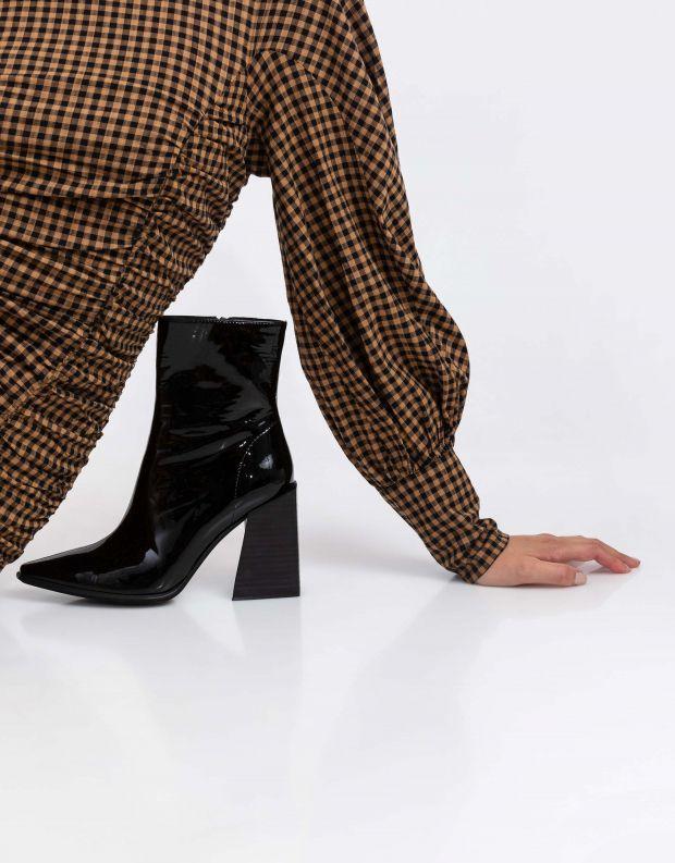 נעלי נשים - Jeffrey Campbell - מגפוני לק עם עקב LA SIREN - שחור