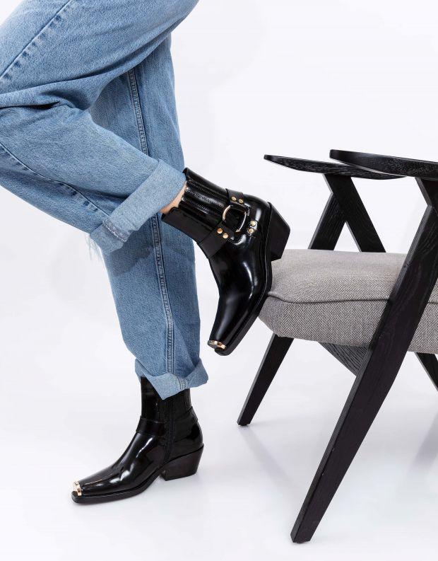 נעלי נשים - Jeffrey Campbell - מגפוני בוקרים עם אבזם POK - שחור