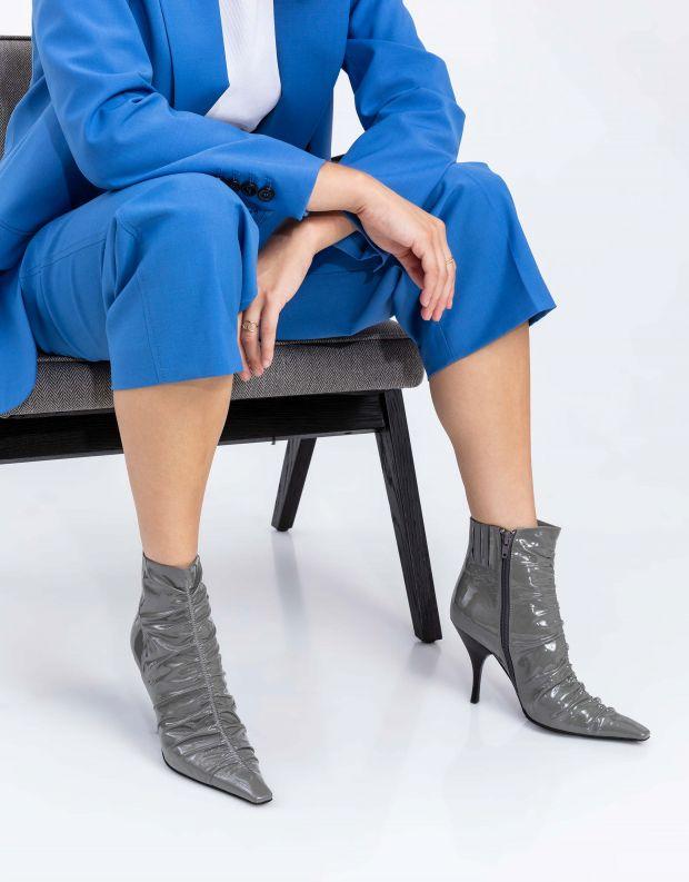 נעלי נשים - Jeffrey Campbell - מגפוני עקב וכיווצים SCRUN - אפור