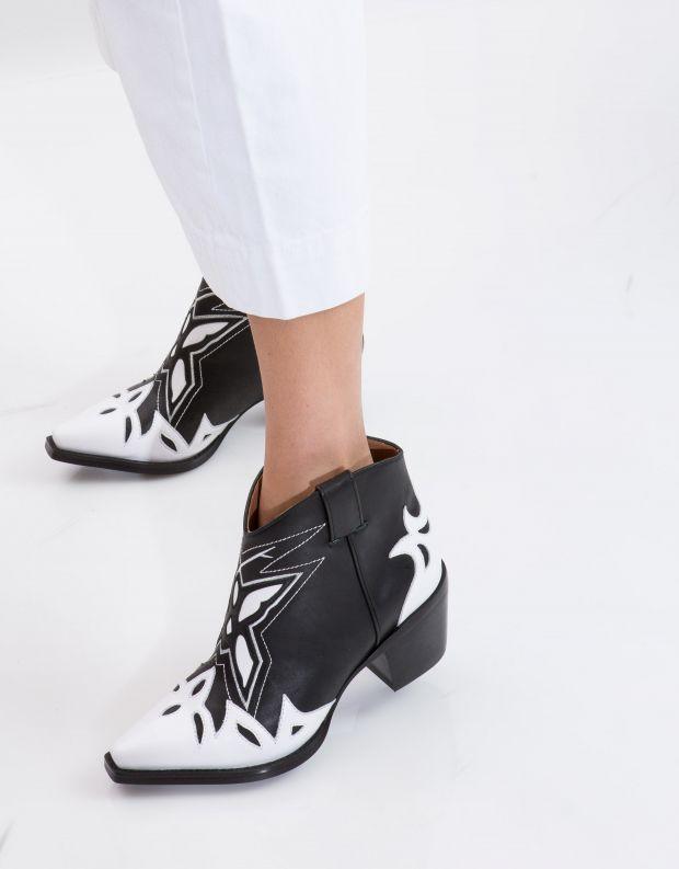 נעלי נשים - Jeffrey Campbell - מגפון TOONEY - שחור לבן